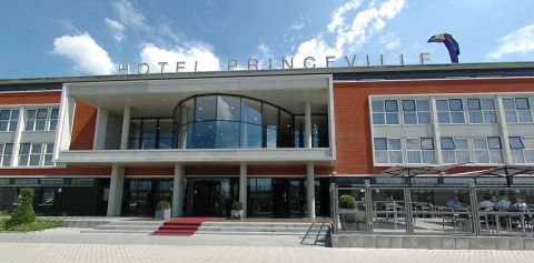 Hotel Princeville Merus ring