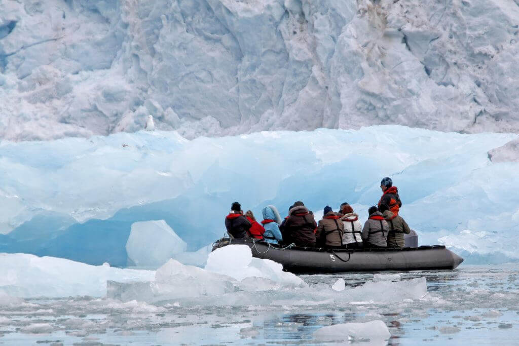 dryers for parkas, life vests and boots of passengers expedition cruises