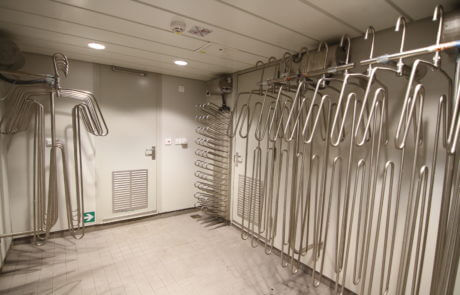 drying room equipment for fishing vessel for suits, gloves and boots